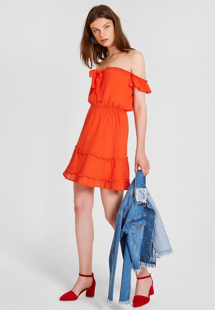 Kırmızı Düşük Omuzlu Kısa Elbise