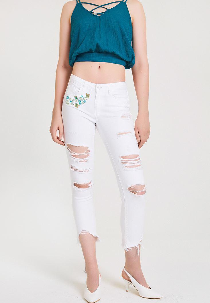 Women White Skinny Pants with Embroidery Details
