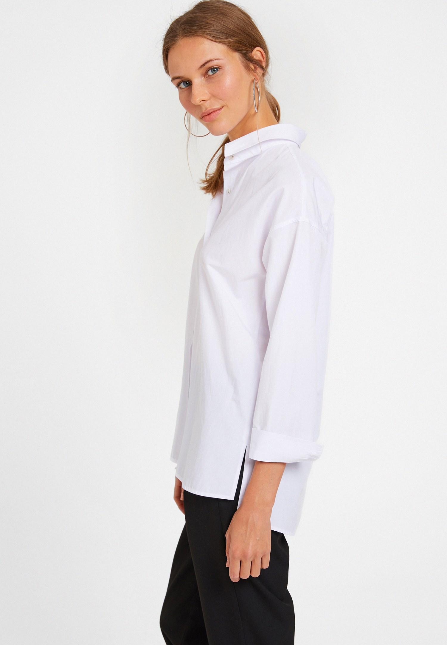 Bayan Beyaz Dokuma Gömlek