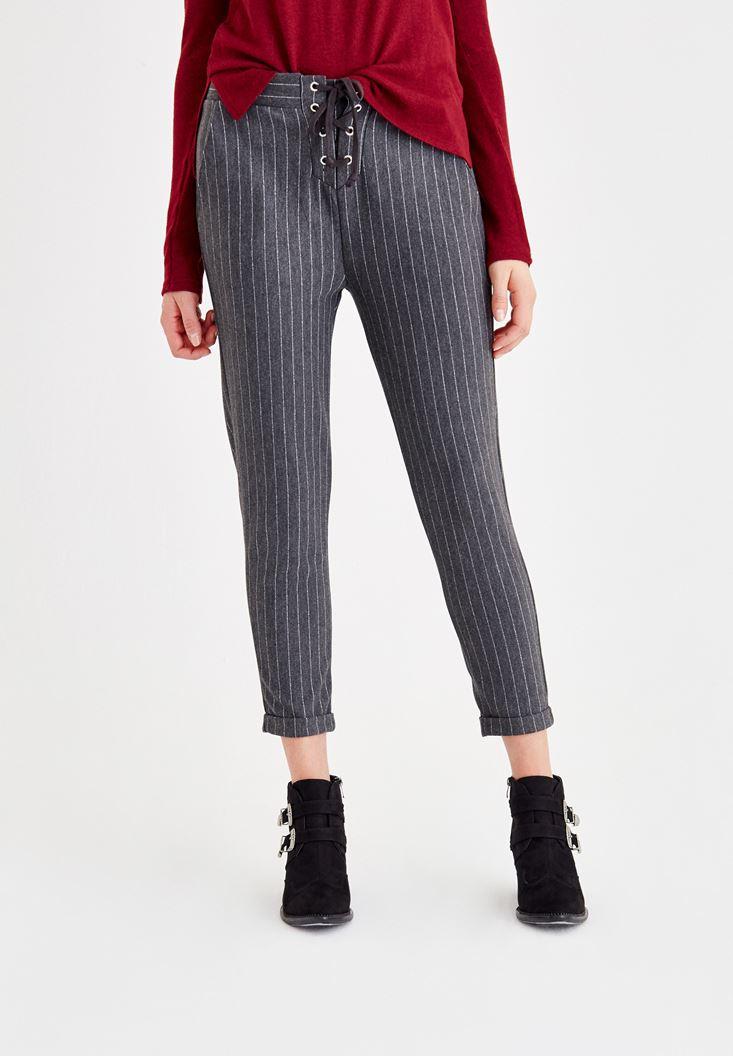 Çok Renkli Önü Bağlama Detaylı Çizgili Pantolon
