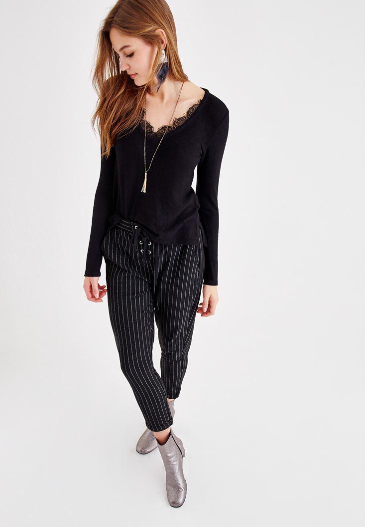 Bayan Siyah Önü Bağlama Detaylı Çizgili Pantolon