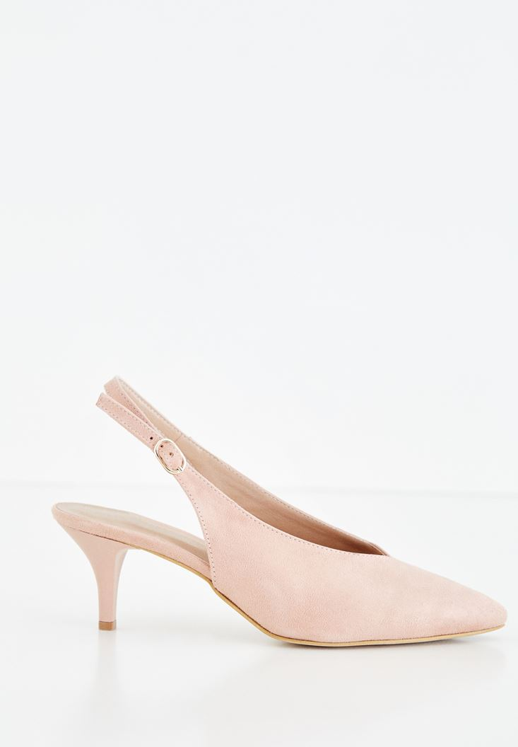 Cream Medium Heel Shoes