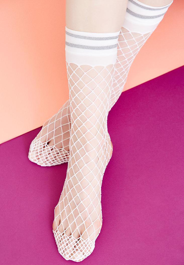 Bayan Beyaz Parlak Detaylı File Çorap