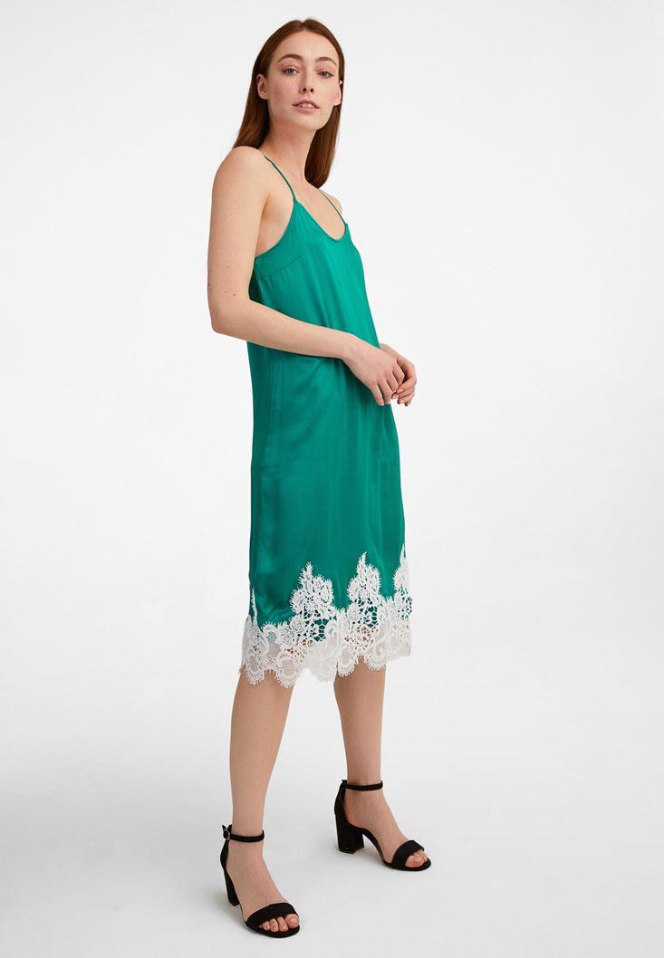 Yeşil Dantel Detaylı Saten Elbise