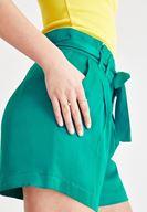 Bayan Yeşil Saten Şort
