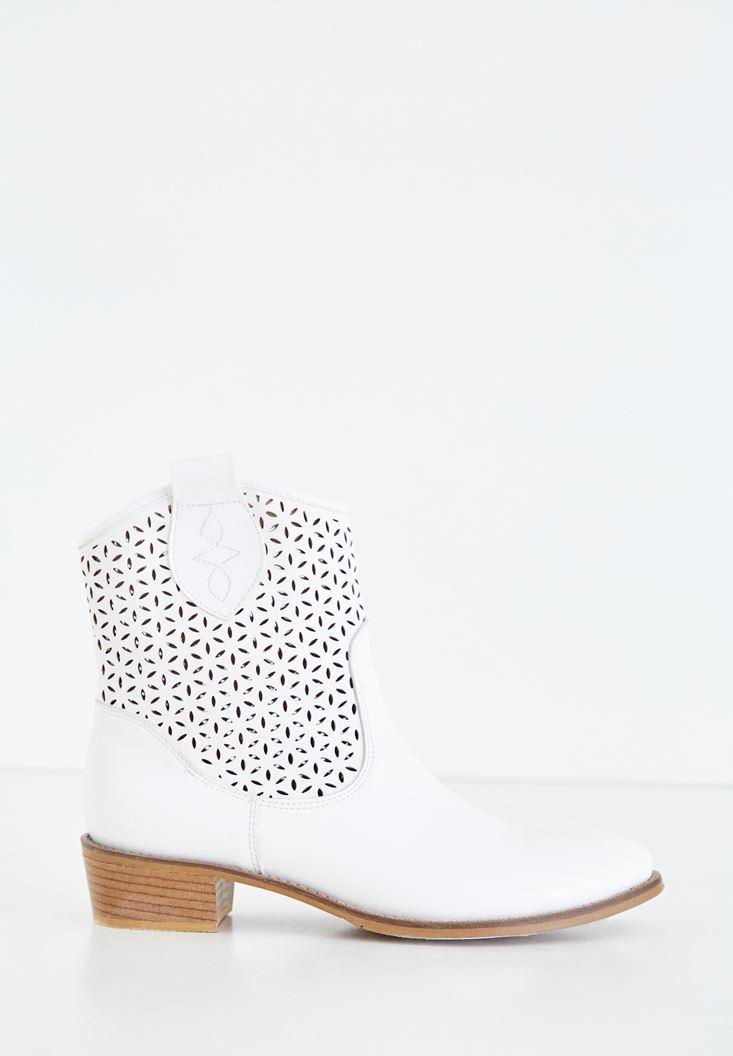 Beyaz Kısa Topuklu Bot