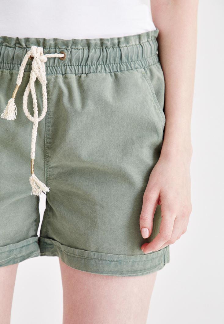 Bayan Yeşil Beli Lastikli Cep Detaylı Mini Şort