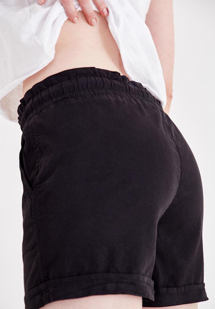 Bayan Siyah Beli Lastikli Cep Detaylı Mini Şort