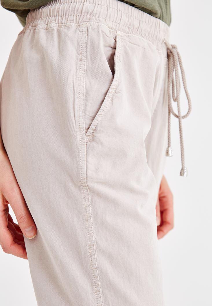 Bayan Krem Beli Lastikli Bağlama Detaylı Pantolon
