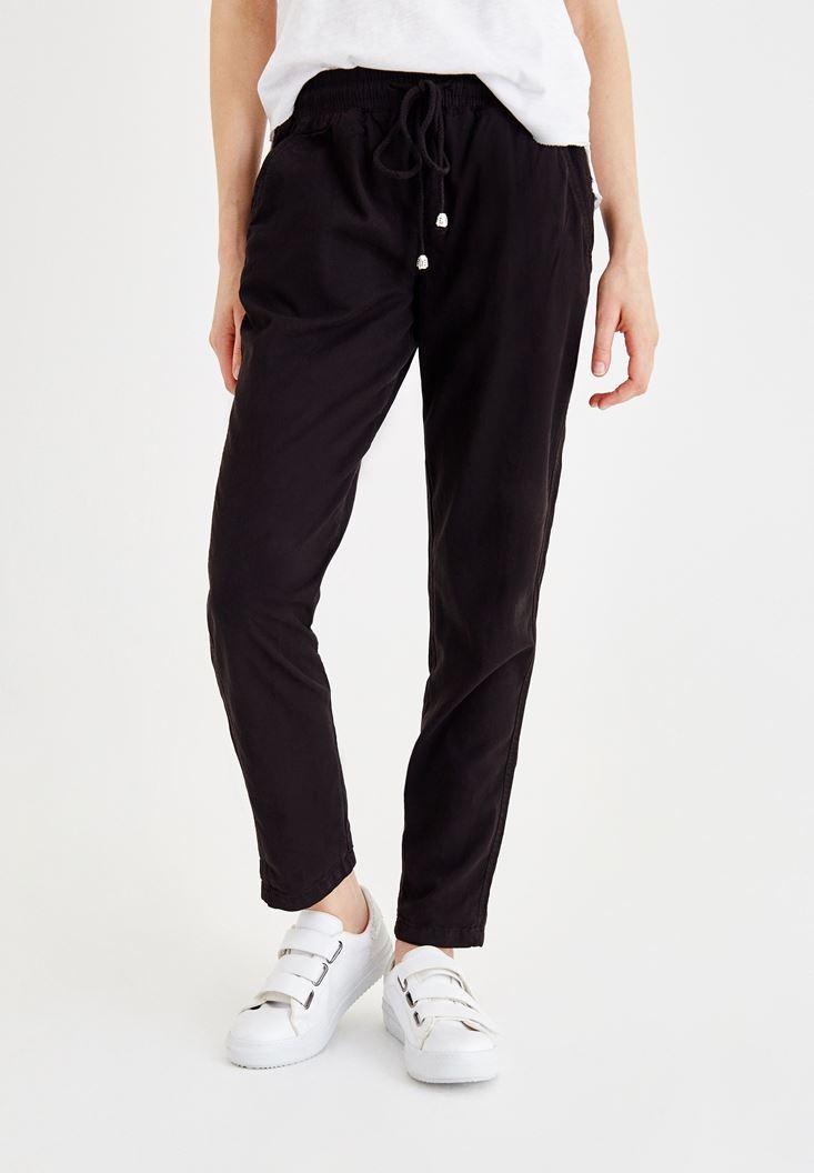 Siyah Beli Lastikli Bağlama Detaylı Pantolon