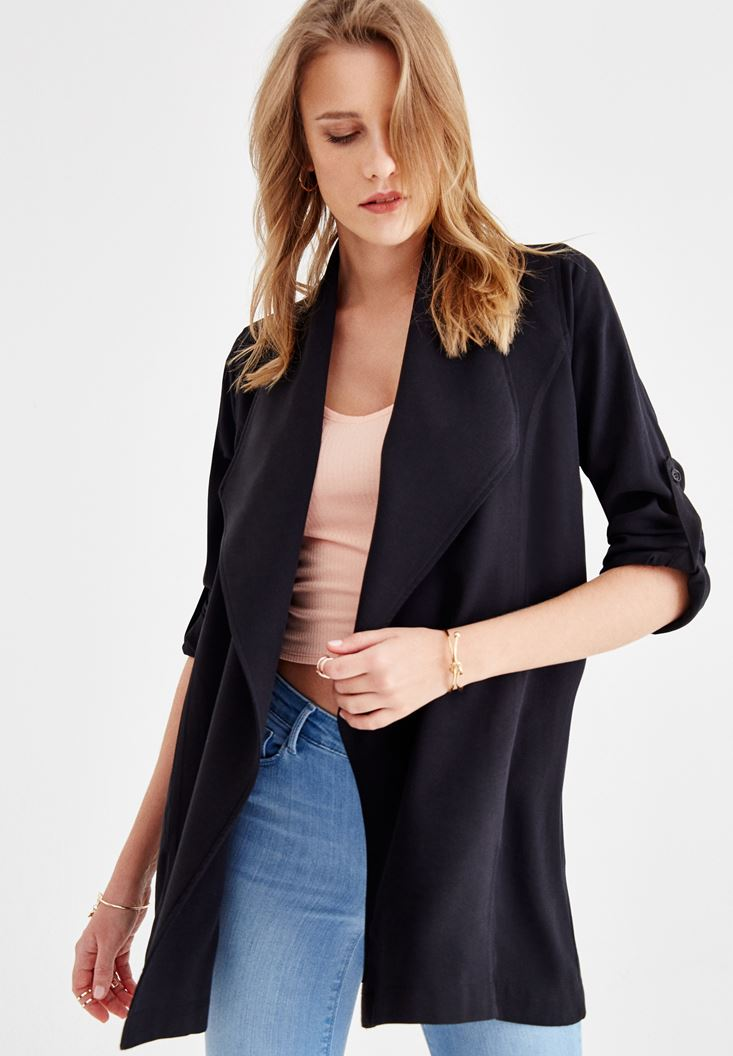 Siyah Kol Detaylı Şal Yaka Ceket