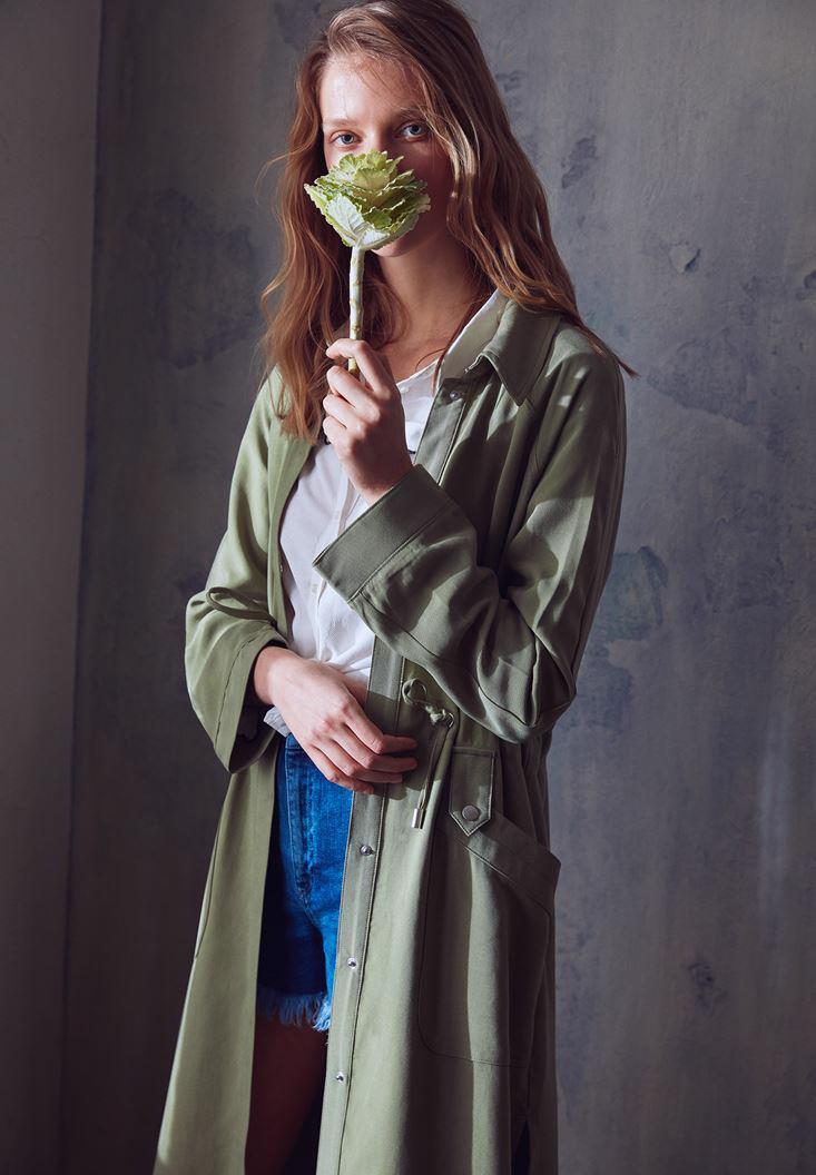 Bayan Yeşil Yanları Yırtmaçlı Cep Detaylı Trençkot