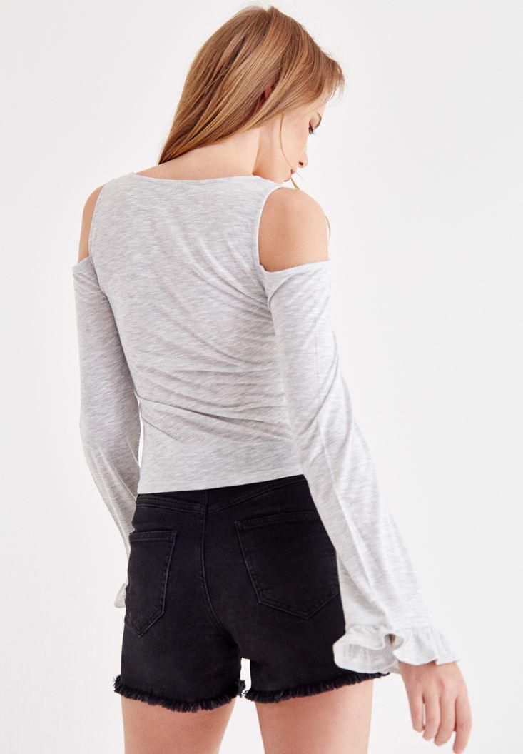 Bayan Gri Kolları Fırfır Detaylı Tişört