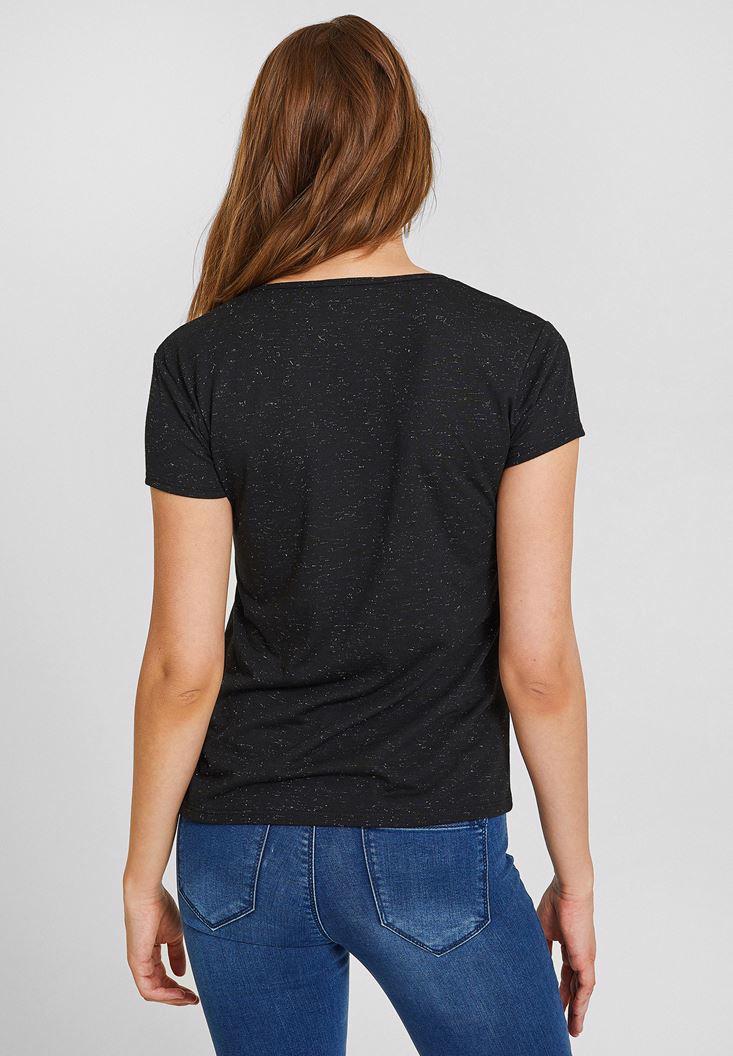 Bayan Siyah Biye Yaka Simli Basic Tişört