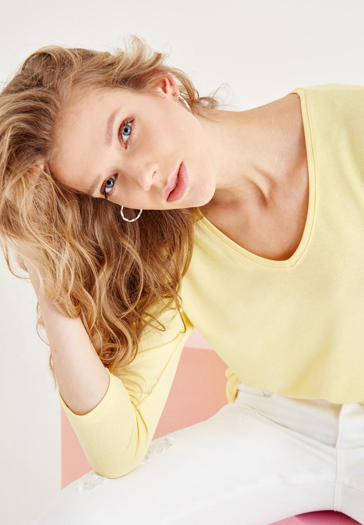 Yellow Long Sleeve V Neck Basic T-Shirt