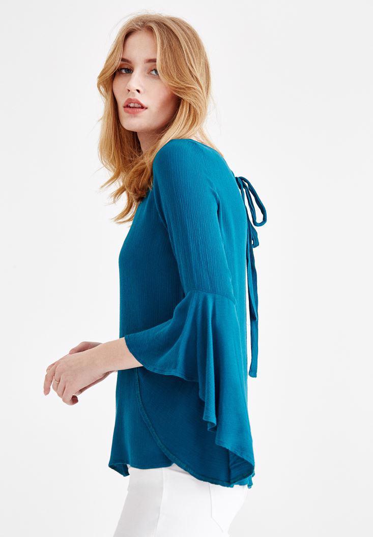 Bayan Mavi Kolları Volanlı Sırt Detaylı Bluz