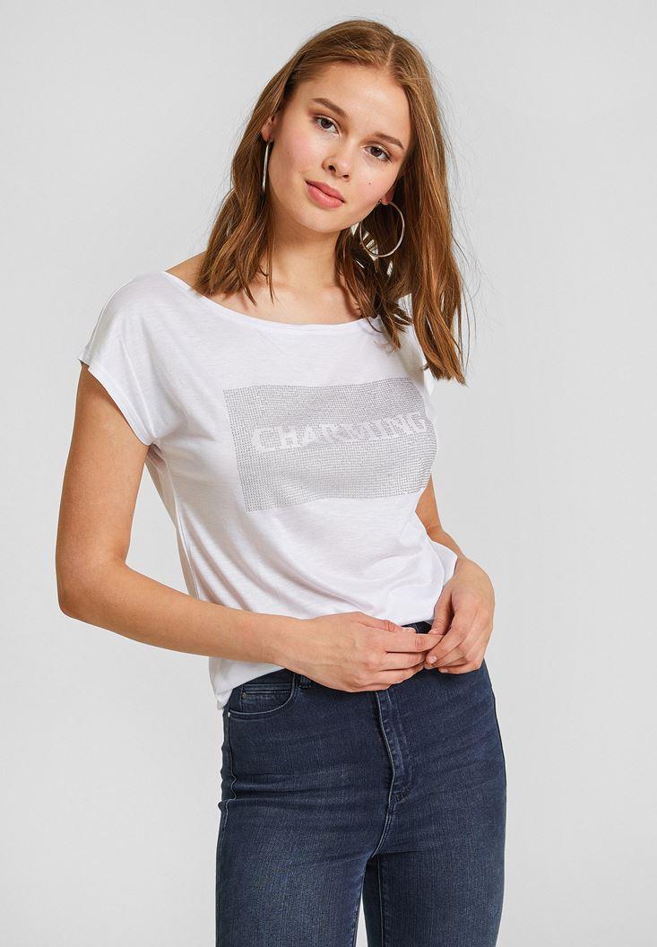 Beyaz Detaylı Bot Yaka Tişört