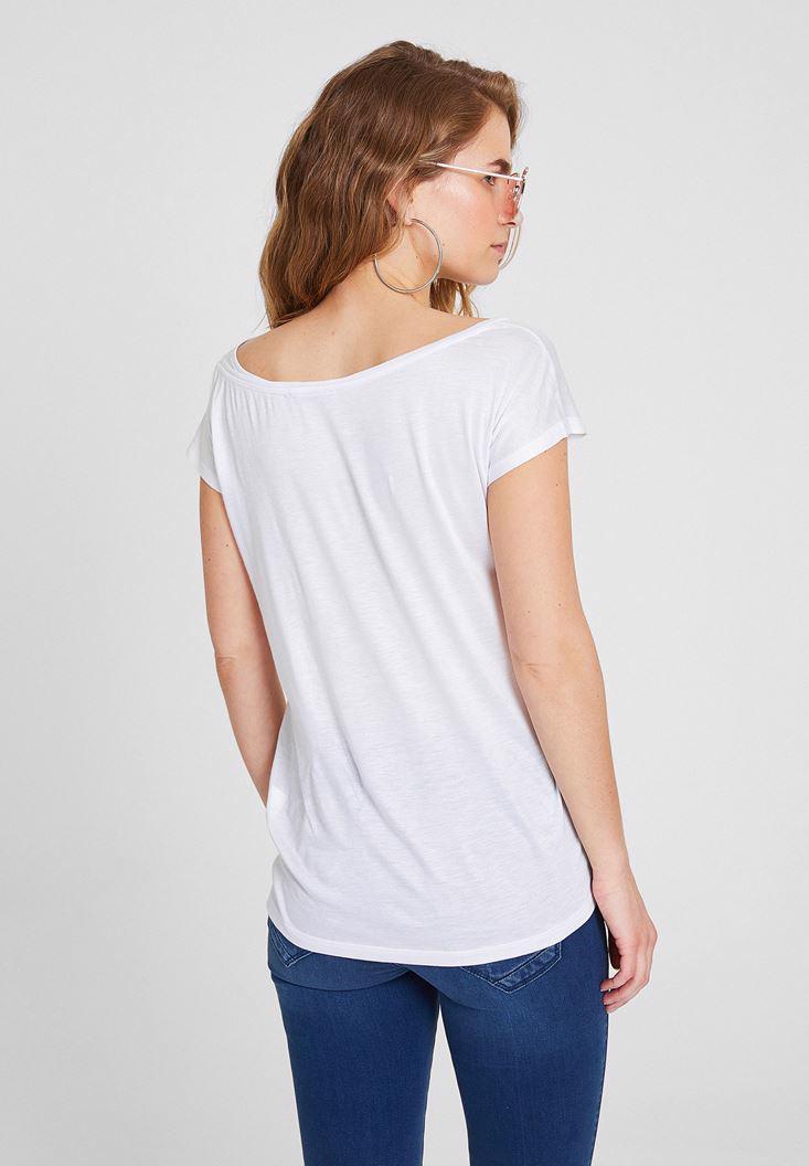 Bayan Beyaz Kısa Kollu Bot Yaka Tişört