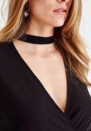 Bayan Siyah Choker Yakalı Kruvaze Bluz
