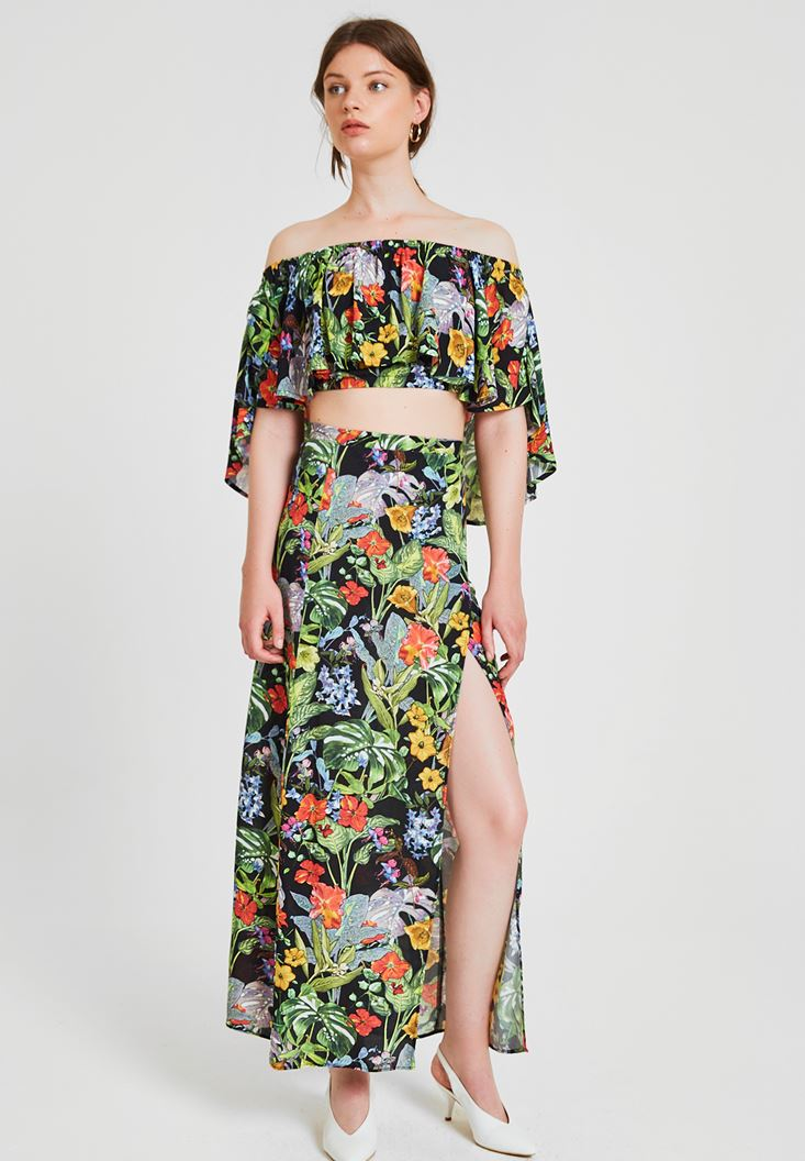 Mixed Flower Patterned Skirt with Slash Details