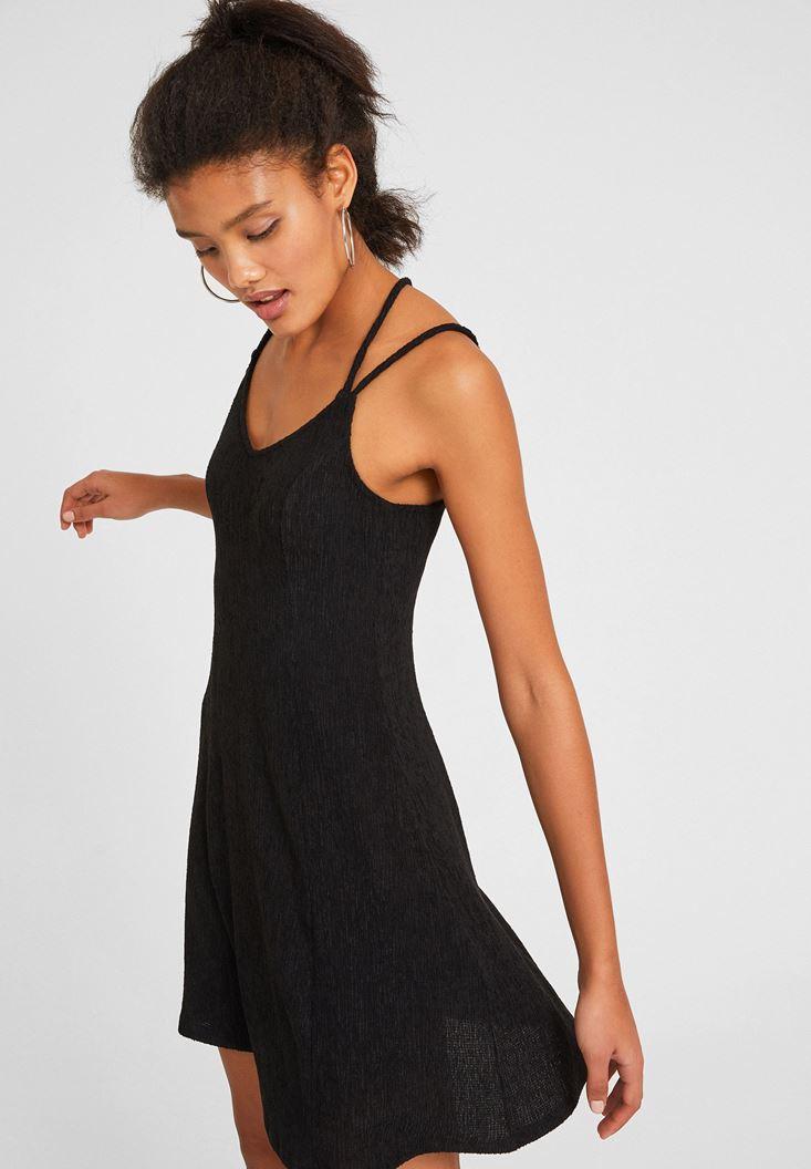 Siyah Sırtı Biye Detaylı Elbise