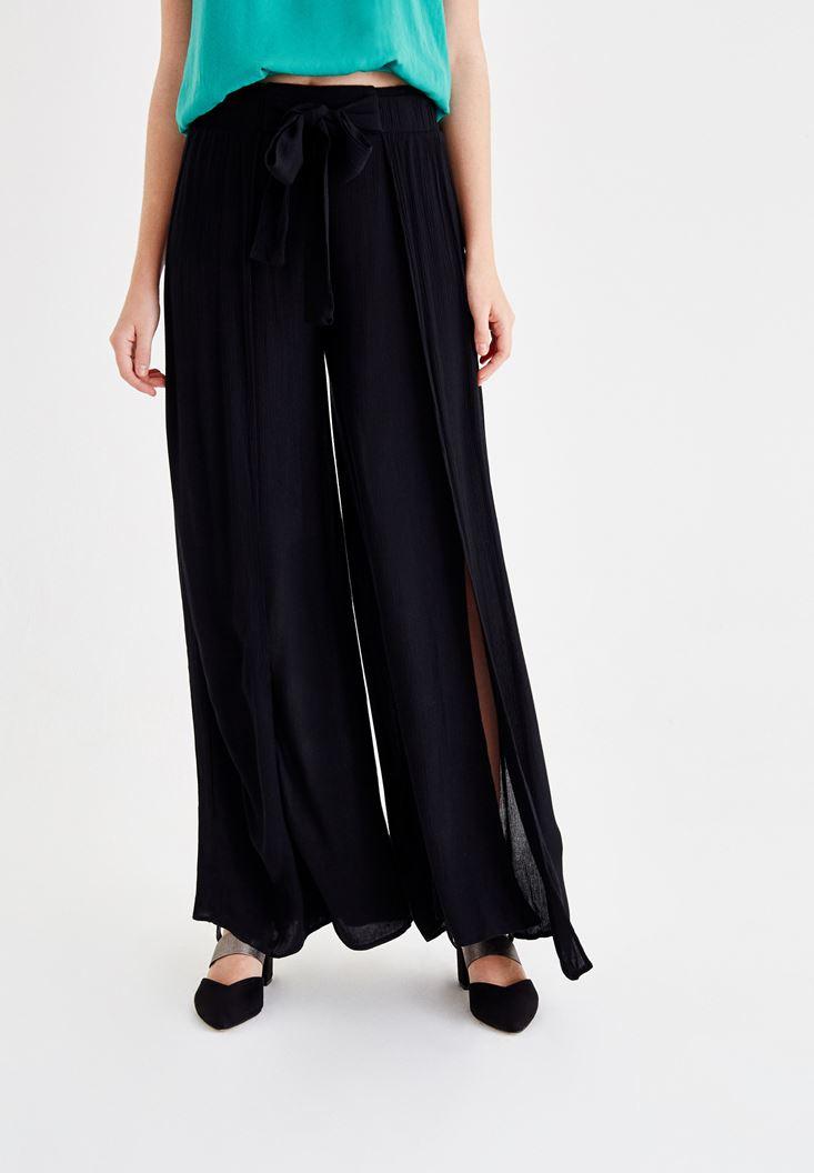 Siyah Yırtmaçlı Beli Bağlama Detaylı Pantolon