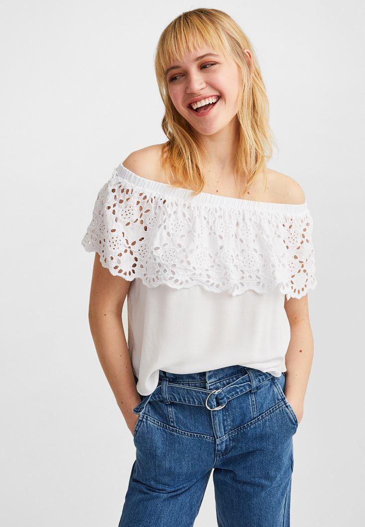Beyaz Dantel Detaylı Straplez Bluz