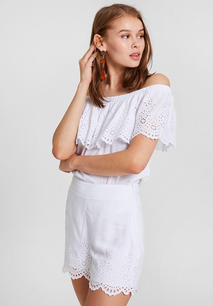 Beyaz Brode Kesim Düşük Omuz Bluz