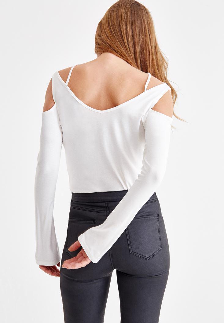 Bayan Krem Yakası Çapraz Biye Detaylı T-shirt