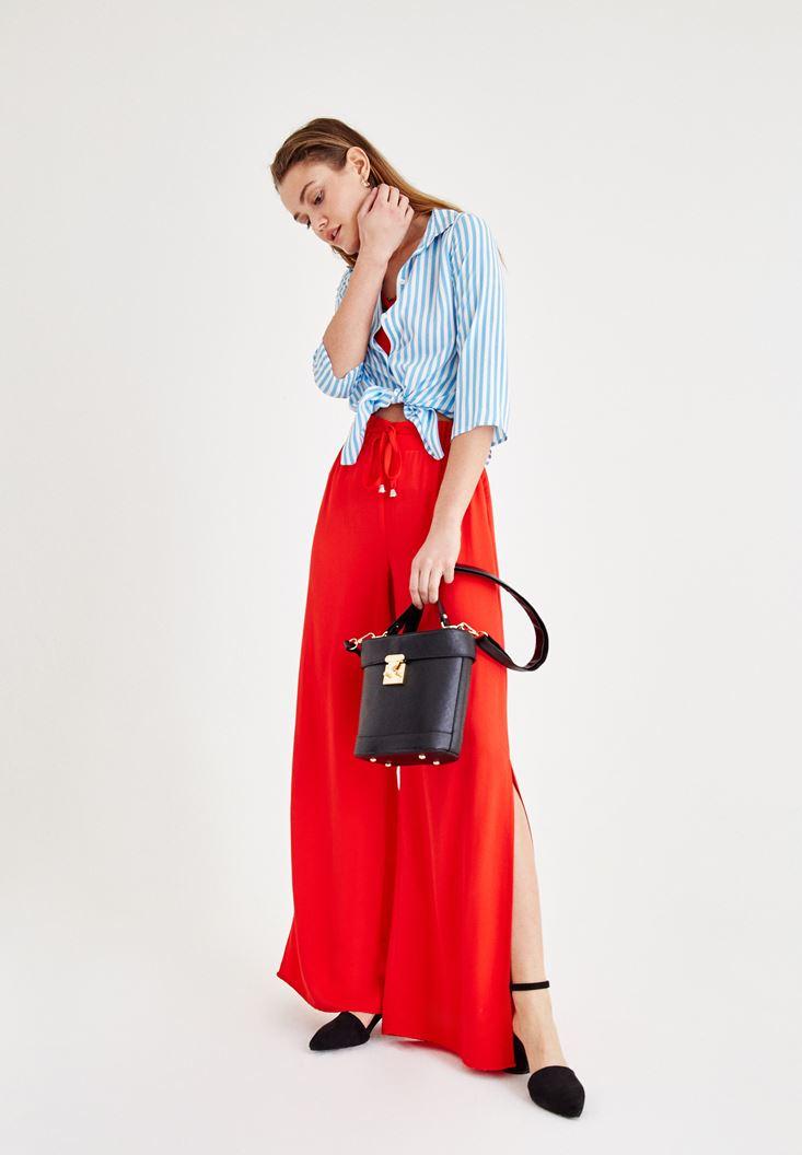 Kırmızı Beli Bağlamalı Yırtmaç Detaylı Pantolon