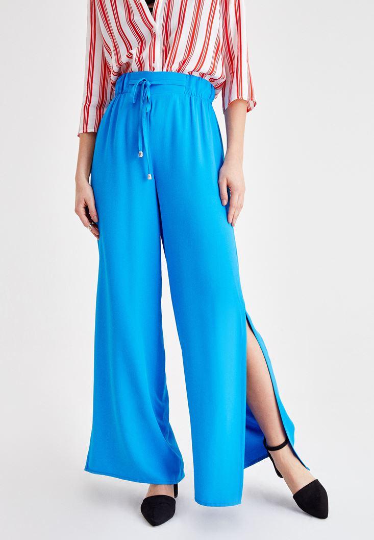 Mavi Beli Bağlamalı Yırtmaç Detaylı Pantolon