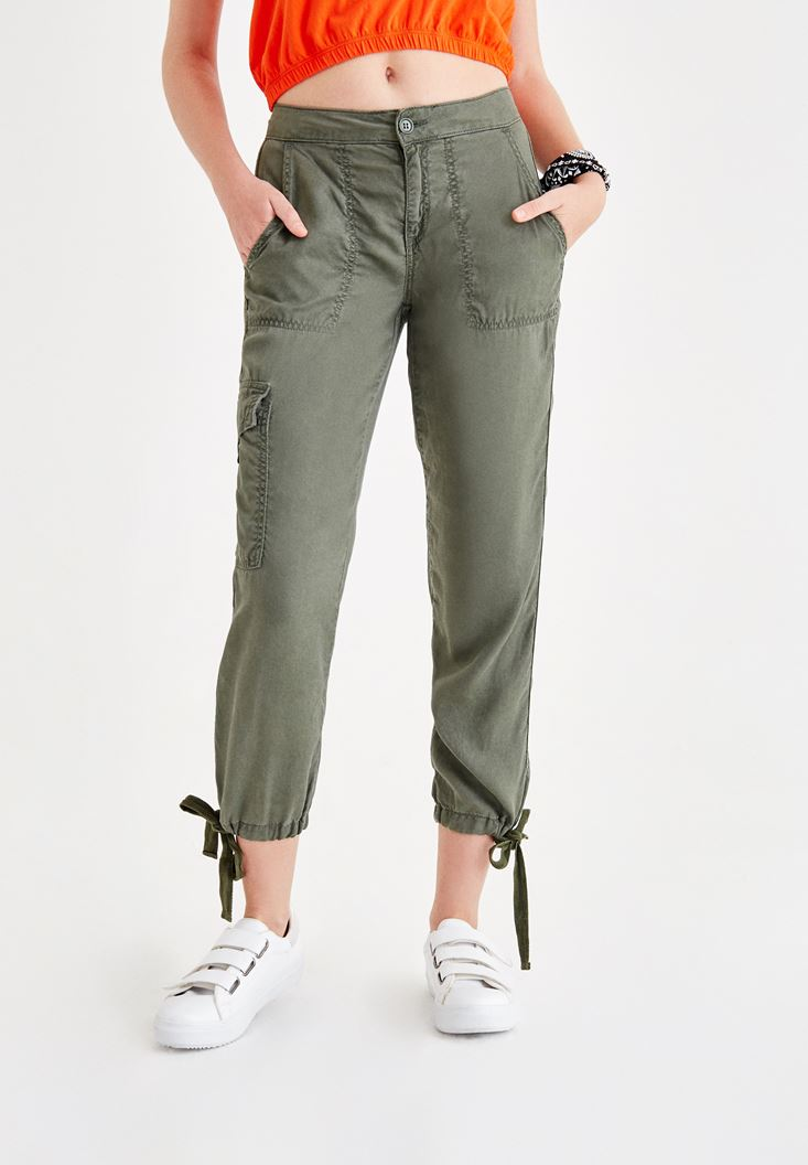Yeşil Paça Detaylı Kargo Pantolon