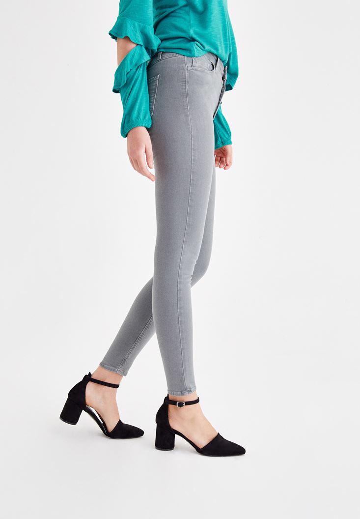 Women Grey High Rise Pants with Details