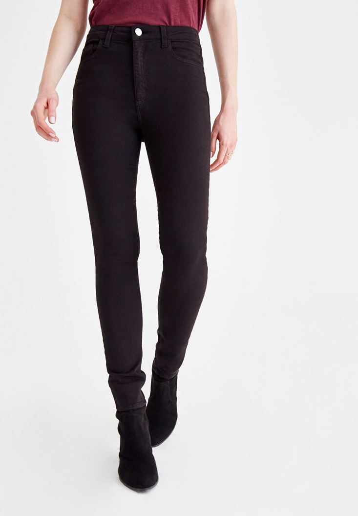 Siyah Dar Paça Detaylı Yüksek Bel Pantolon