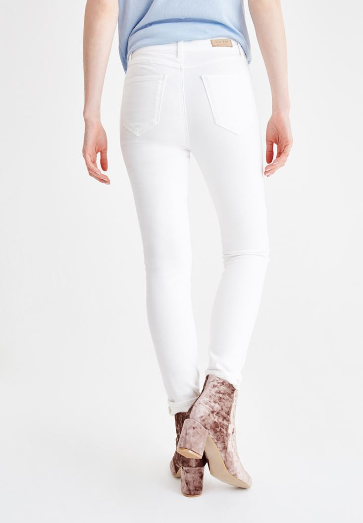 Women Cream High Rise Pants with Details