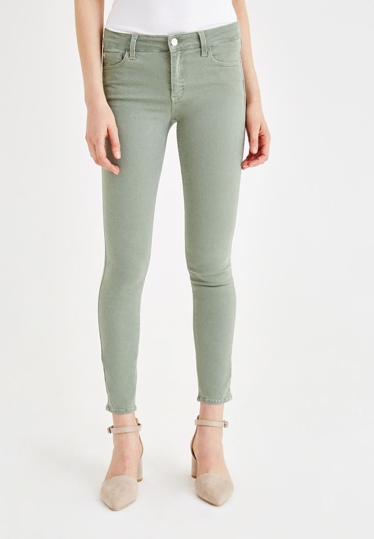 Green Skinny Pants with Mid Rise Details