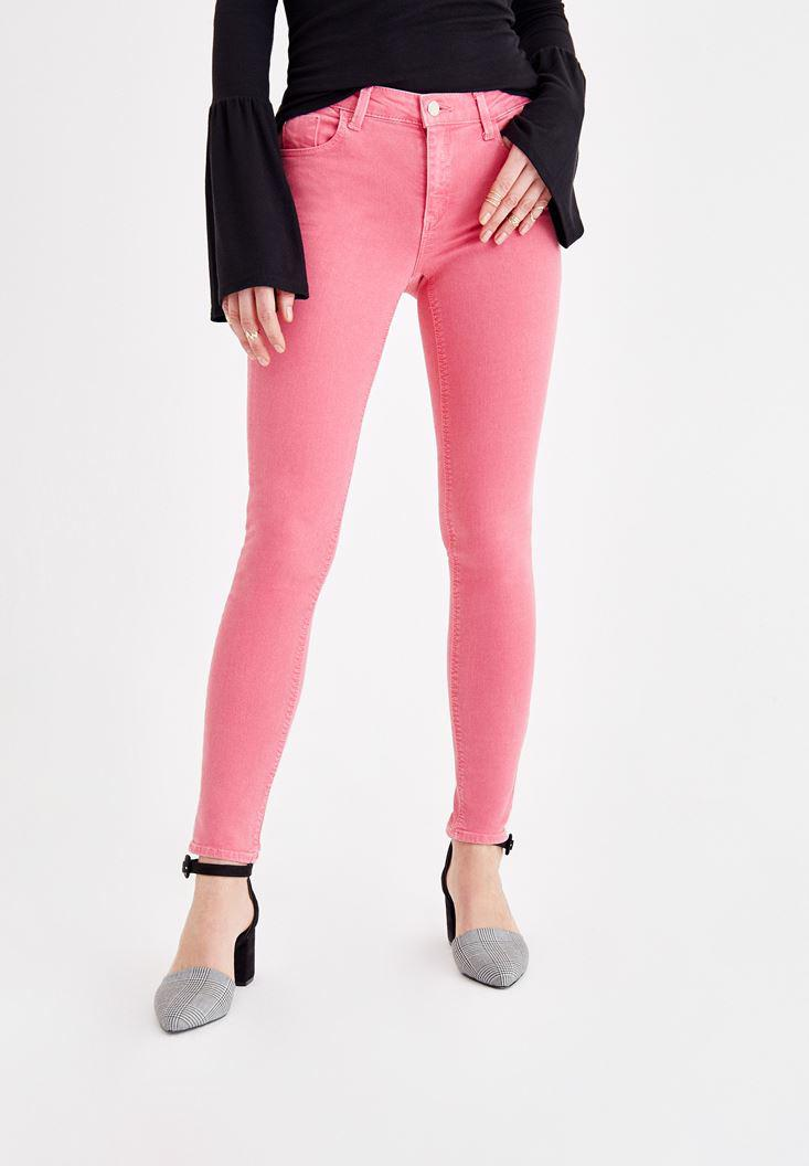 Women Pink Skinny Pants with Mid Rise Details