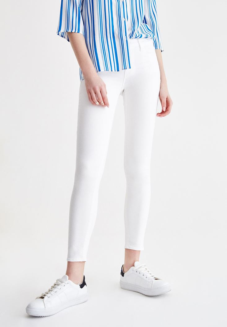 Skinny Pants with Mid Rise Details