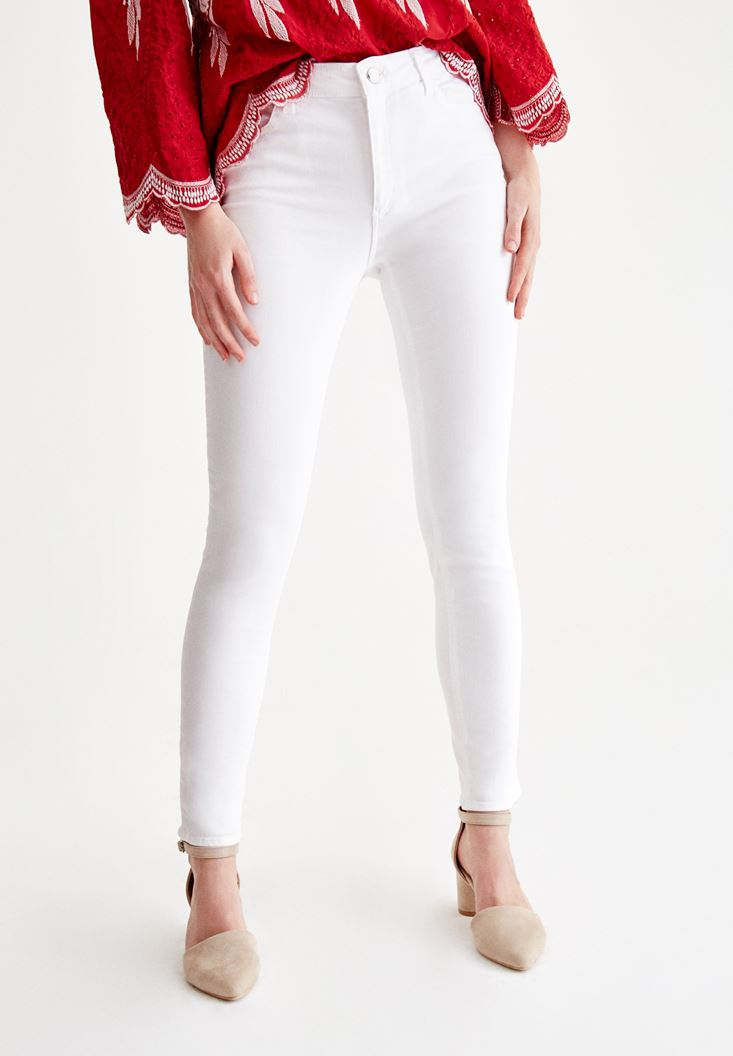 White Skinny Pants with Mid Rise Details
