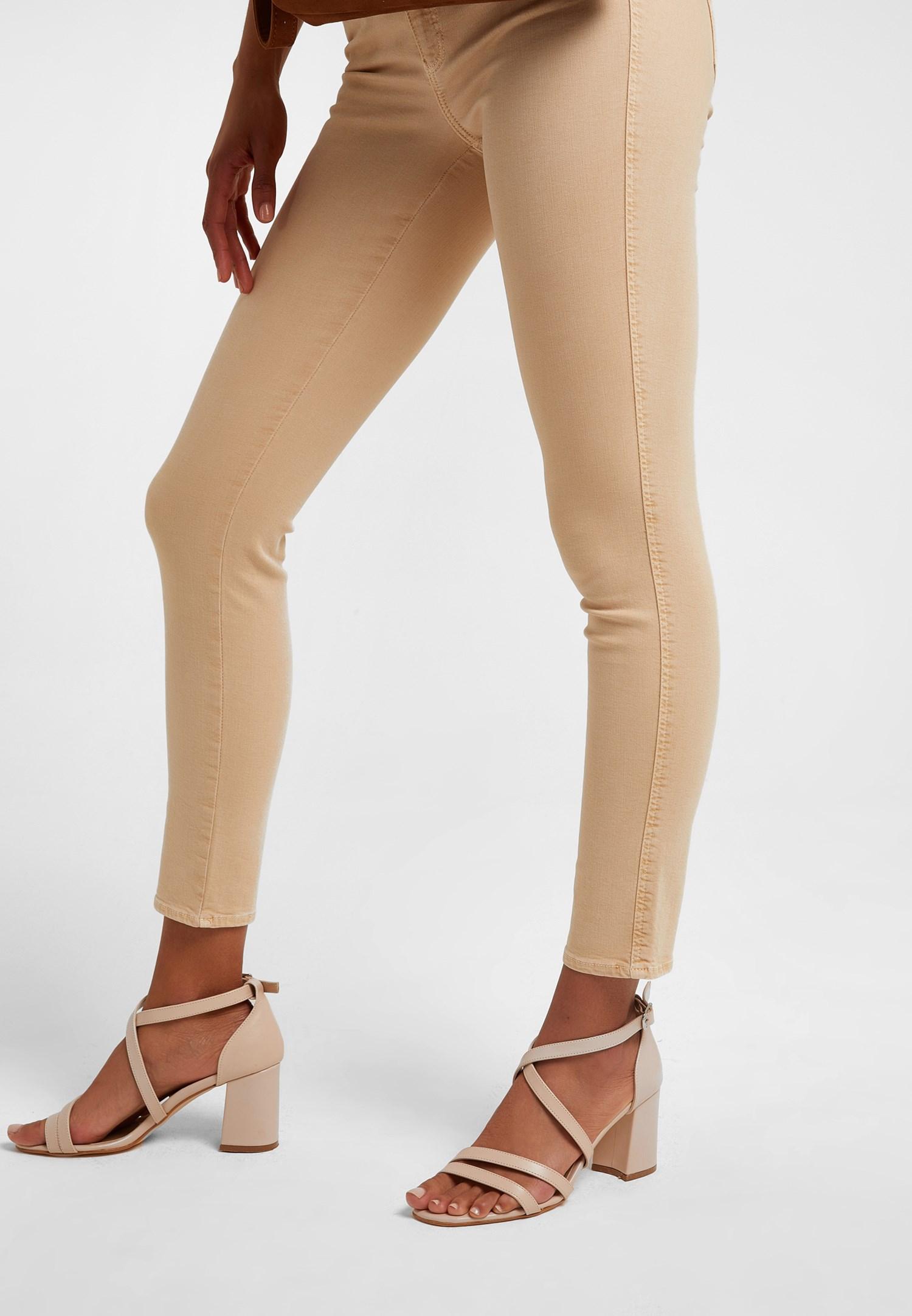 Bayan Krem Bant Detaylı Topuklu Ayakkabı