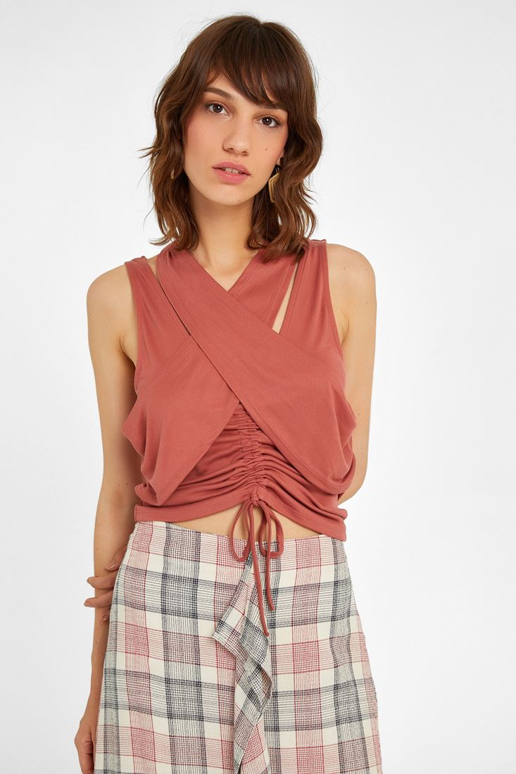 Blouse with Neck Details