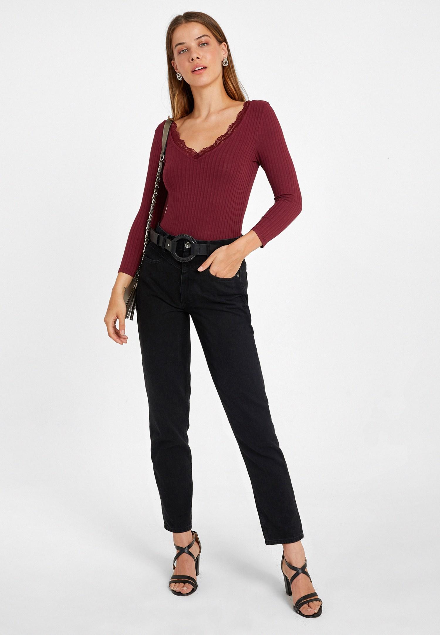 Bayan Bordo Dantel Detaylı Uzun Kollu Tişört