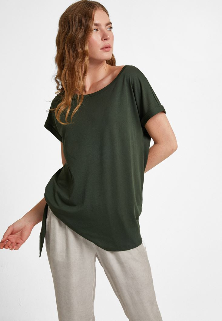 Green T-shirt with Knot