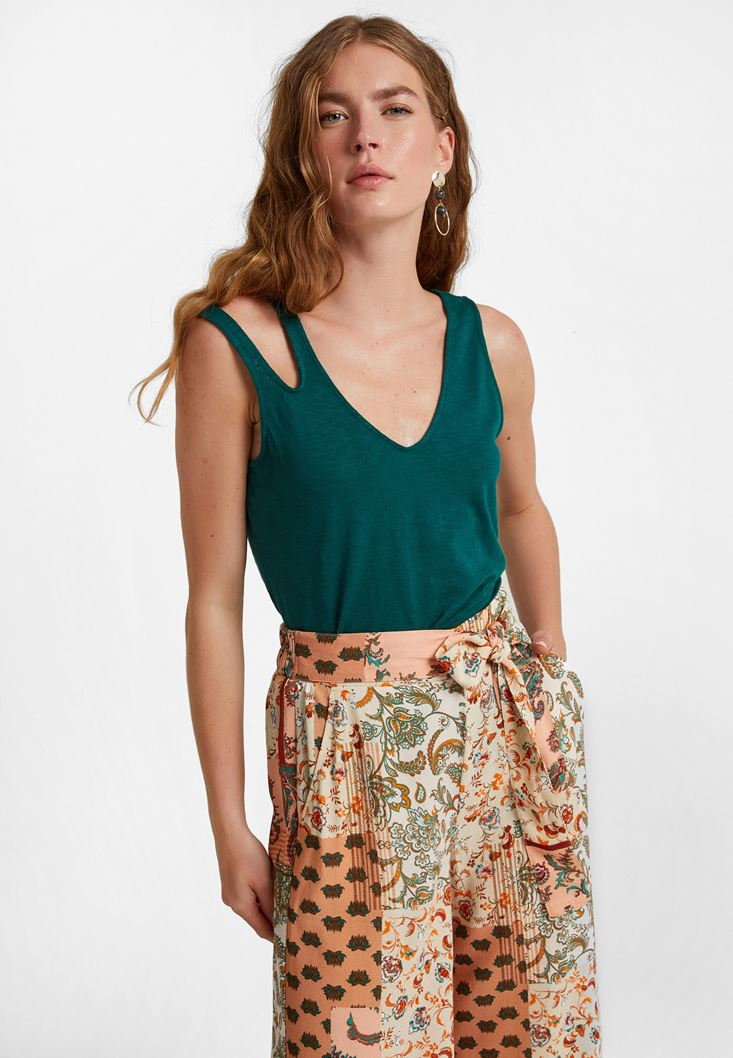 Green Cut-Out Detailed Top