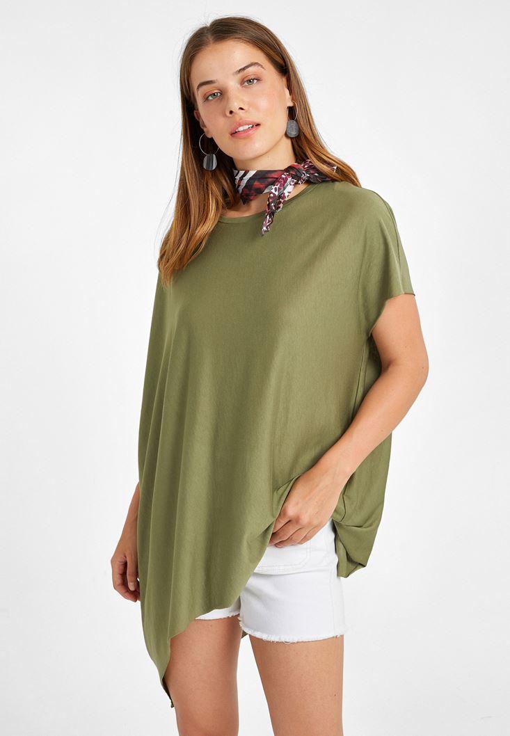 Yeşil Asimetrik Kesim Bol Tişört