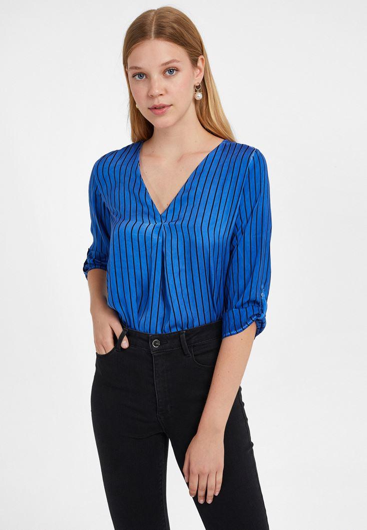 Mavi V Yaka Desenli Bluz
