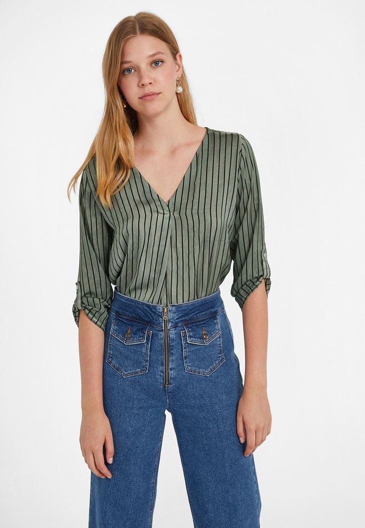 Yeşil V Yaka Desenli Bluz