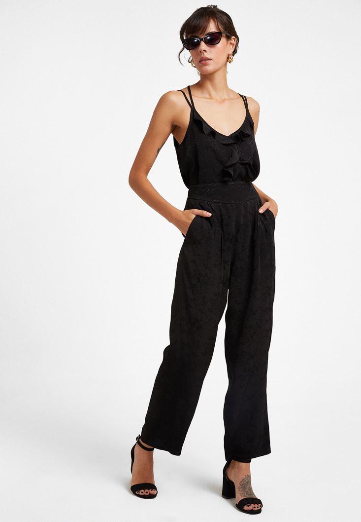 Siyah Pili Detaylı Bol Pantolon