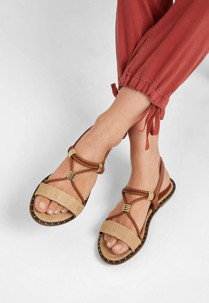 Kahverengi Hasır Detaylı Sandalet
