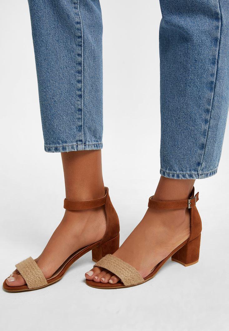 Kahverengi Hasır Detaylı Topuklu Ayakkabı